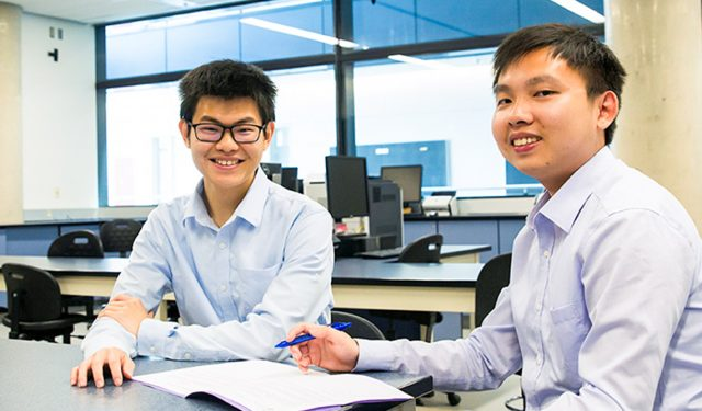 Fresh perspectives and large Raptors celebrations: Hong Kong pharmacy students take part in U of T summer program – July 30, 2019