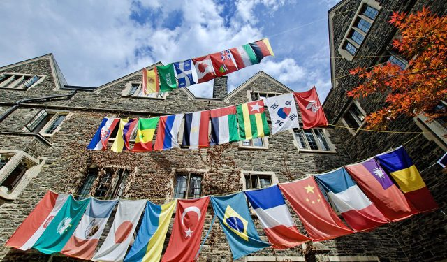 U of T among universities given green light to welcome international students to Canada – October 21, 2020