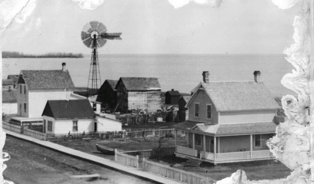 Through photos, recipes – even ghosts – U of T historian retraces Icelandic migration to North America – January 13, 2021