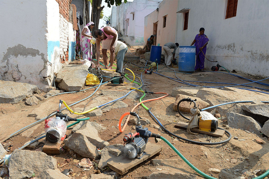 'Like an arms race': U of T researchers study impact of household water pumps on Delhi's water system – July 20, 2021